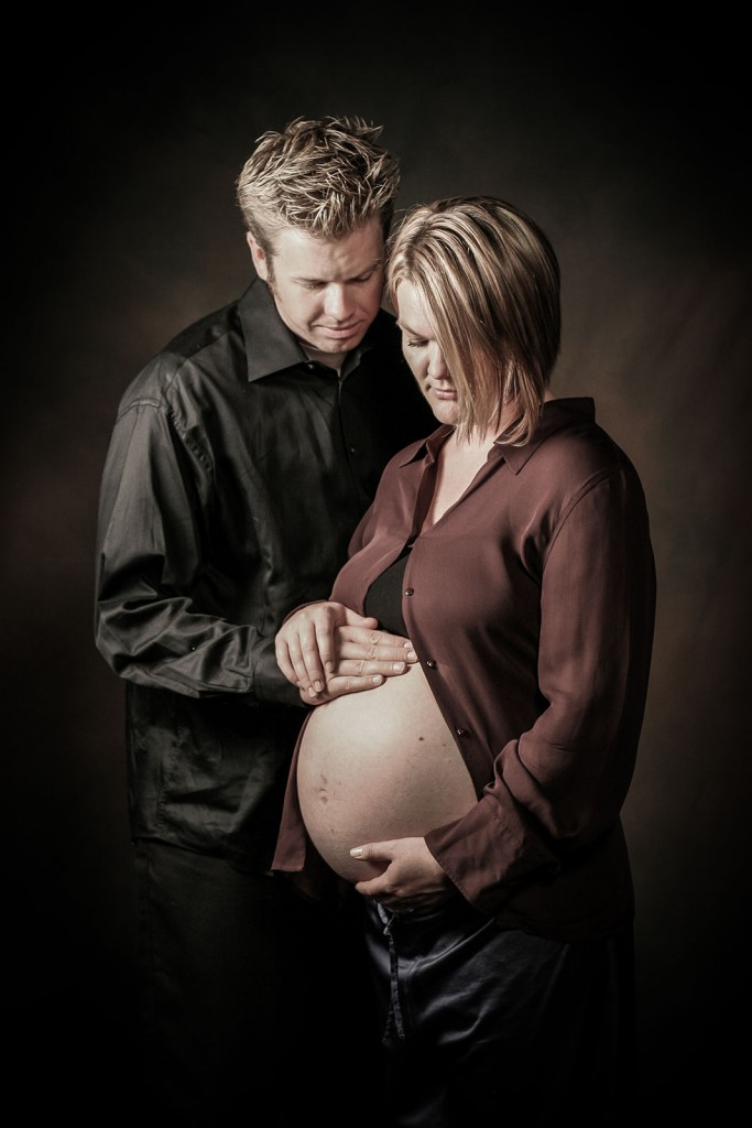 Creative Elegant Maternity Photography